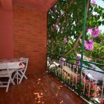 Kertre néző balkonos négyágyas szoba