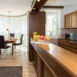 Apartament cu aer conditionat cu terasa cu 2 camere pentru 4 pers. (se poate solicita pat suplimentar)