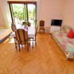 Erdgeschosses 2-Zimmer-Apartment für 6 Personen