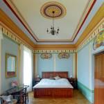 Kertre néző kétágyas szoba (pótágyazható)