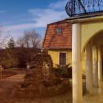 Hegyekre néző földszinti franciaágyas szoba (pótágyazható)
