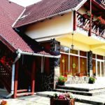 Forest View Panoramic Villa for 26 Persons