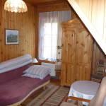 Balkonos négyágyas szoba Közös konyhával