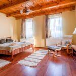 Földszinti franciaágyas szoba