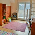Kertre néző emeleti 2 fős apartman 1 hálótérrel (pótágyazható)