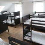 Emeleti légkondicionált 12 ágyas szoba