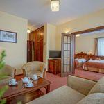 Apartament cu aer conditionat cu vedere spre munte cu 1 camera pentru 4 pers. (se poate solicita pat suplimentar)