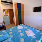 Apartament studio cu vedere spre curte cu 1 camera pentru 2 pers.