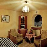 Földszintes saját konyhával kétágyas szoba