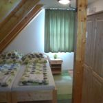 Udvarra néző Standard kétágyas szoba