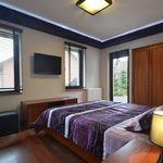 Fürdőszobás Komfort franciaágyas szoba (pótágyazható)