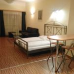Business Ground Floor 1-Room Apartment for 4 Persons