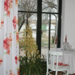 Tóra néző fürdőszobás franciaágyas szoba