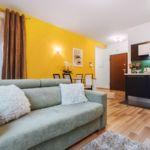 Apartament 6-osobowy Classic z balkonem z 3 pomieszczeniami sypialnianymi