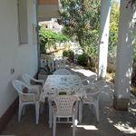 Apartmán s terasou pre 6 os. s 3 spálňami s výhľadom do záhrady