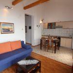 Apartmán s klimatizáciou pre 4 os. s 2 spálňami s výhľadom na more
