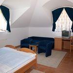 Kertre néző Családi négyágyas szoba