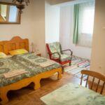 Camera dubla cu grup sanitar cu bucatarie proprie