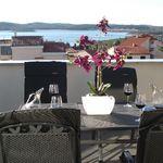 2-Zimmer-Apartment für 4 Personen im Dachgeschoss mit Aussicht auf das Meer