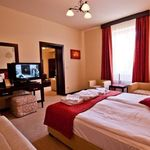 Deluxe Recommended for 2 Adults + 2 Children 1-Room Suite for 2 Persons