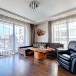 Folyóra néző emeleti 5 fős apartman