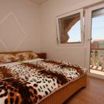 Camera tripla cu aer conditionat cu balcon S-6219-d