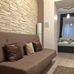 Fürdőszobás légkondicionált franciaágyas szoba