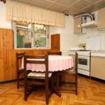 Apartament 5-osobowy z klimatyzacją z tarasem z 2 pomieszczeniami sypialnianymi A-9239-a