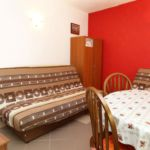Apartament cu aer conditionat cu terasa cu 1 camera pentru 4 pers. AS-10047-a