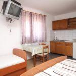 Tengerre néző légkondicionált 3 fős apartman 1 hálótérrel AS-6693-a