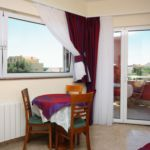 Apartament cu aer conditionat cu vedere spre mare cu 1 camera pentru 2 pers. AS-4980-b