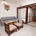 Apartament 8-osobowy z klimatyzacją z tarasem z 3 pomieszczeniami sypialnianymi A-7208-a