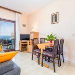 Apartament cu aer conditionat cu vedere spre mare cu 1 camera pentru 4 pers. A-7724-b