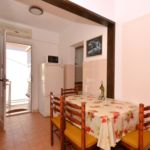 Apartman s klimatizací pro 4 os. se 2 ložnicemi s výhledem na moře A-8651-c