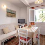 Apartament cu aer conditionat cu terasa cu 2 camere pentru 6 pers. A-8697-a