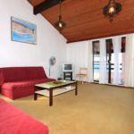 Apartament cu aer conditionat cu vedere spre mare cu 3 camere pentru 8 pers. A-627-a