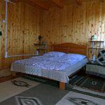 Erkélyes franciaágyas szoba (pótágyazható)