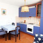 Apartman s klimatizací pro 4 os. se 2 ložnicemi s výhledem na moře A-5057-c