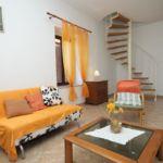 Apartament cu aer conditionat cu terasa cu 3 camere pentru 6 pers. A-8179-a