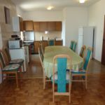 Apartament 14-osobowy z klimatyzacją z widokiem na morze z 6 pomieszczeniami sypialnianymi A-6153-a