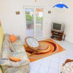 Apartament cu aer conditionat cu vedere spre mare cu 2 camere pentru 4 pers. A-10368-a