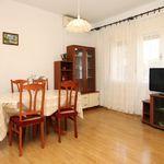 Apartament confort cu aer conditionat cu 2 camere pentru 5 pers.
