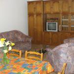 Apartman s klimatizací s terasou pro 6 os. se 2 ložnicemi A-7420-b