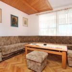 Apartament 7-osobowy z klimatyzacją z tarasem z 3 pomieszczeniami sypialnianymi A-10166-b