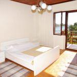 Apartament cu aer conditionat cu vedere spre mare cu 2 camere pentru 5 pers. A-666-b