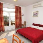 Apartman s klimatizací pro 5 os. s 1 ložnicí s výhledem na moře A-3430-c