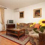 Apartament cu aer conditionat cu terasa cu 2 camere pentru 6 pers. A-7095-a