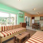 Apartament cu aer conditionat cu vedere spre mare cu 2 camere pentru 6 pers. A-8754-b
