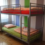 Camera single pat in dormitor comun cu 5 X paturi