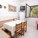 Apartament cu aer conditionat cu vedere spre mare cu 2 camere pentru 4 pers. A-1009-a